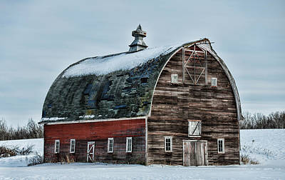 Country Scene Photograph - Old Barn Needs Paint by Paul Freidlund