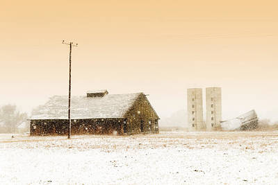 Old Barn On Highway 6 Art Print
