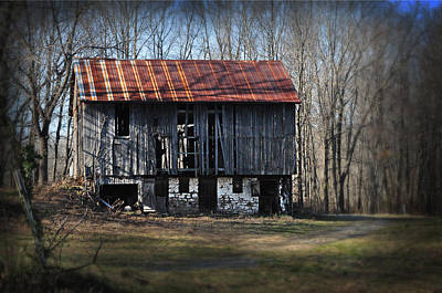 Old Barn With Tin Roof Print by Bill Cannon