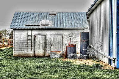Photograph - Old Barneys Barn by Doc Braham