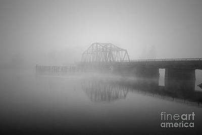Photograph - Old Berkley Dighton Bridge Bw by Dave Gordon