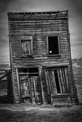 Leaning Building Photograph - Old Bodie Building by Garry Gay