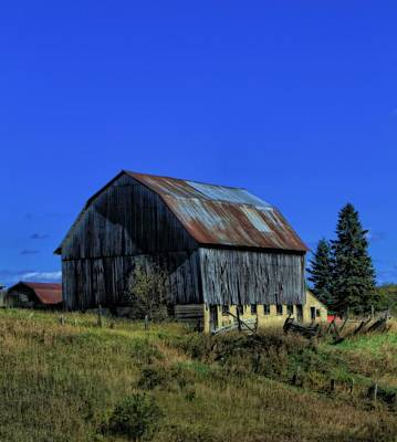 Country Scene Photograph - Old Broken Down Barn In Ohio by Dan Sproul