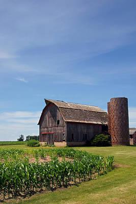 Photograph - Old Brown Barn by Leda Robertson