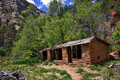 Photograph - Old Cabin On Oak Creek by Dave Garner