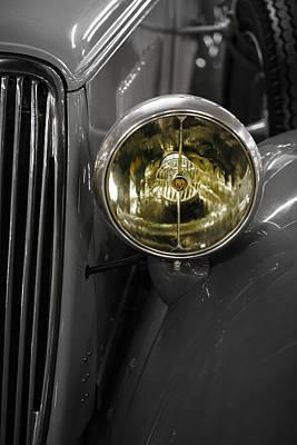 Photograph - Old Car by Edgar Laureano