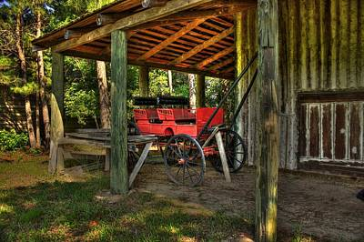 Photograph - Old Carriage by Ed Roberts