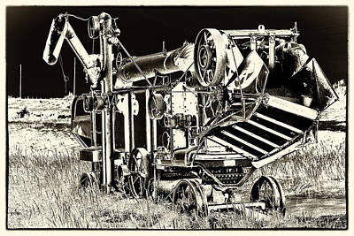 Photograph - Old Case Thresher - Black And White by Bill Kesler
