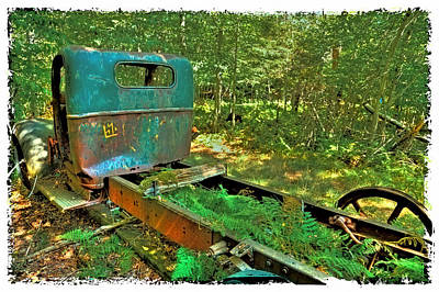 Old Trucks Photograph - Old Chevy Maple Leaf Truck by David Patterson