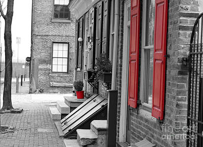 Philadelphia History Digital Art - Old City Red Shutters by Terry Weaver