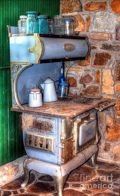 Photograph - Old Detroit Jewel Stove by Liane Wright