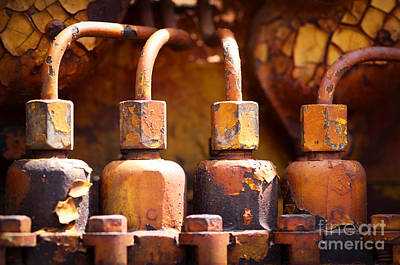 Photograph - Old Diesel Engine by Les Palenik