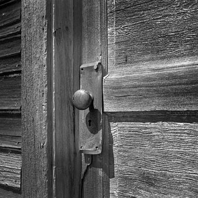 Old School House Photograph - Old Door Knob On Old School Building by Donald  Erickson