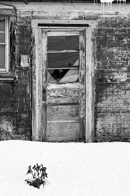Old Door Winchester Nh Art Print by Edward Fielding