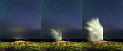 Old Faithful Geyser And Ursa Major Stars Art Print