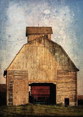 Iowa Digital Art - Old Farm Building by Cassie Peters
