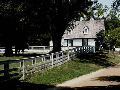 Photograph - Old Farm House by James C Thomas