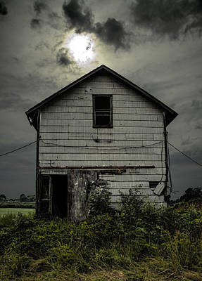 Photograph - Old Farm House by John Crothers