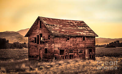 Photograph - Old Farm House by Robert Bales