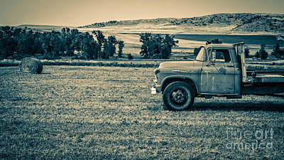 Photograph - Old Farm Truck Fishtail Montana by Edward Fielding