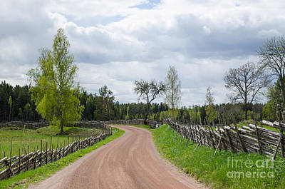 Photograph - Old Fashioned Gravel Road by Kennerth and Birgitta Kullman
