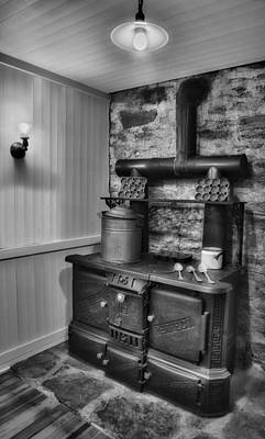 Old Fashioned Richardson And Bounton Company Perfect Stove. Art Print by Susan Candelario