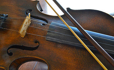 Photograph - Old Fiddle And Bow Still Life 2 by Bill Owen