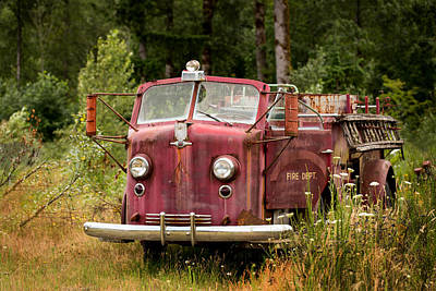Photograph - Old Fire Truck by Mary Jo Allen