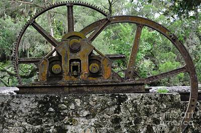 Gears Photograph - Old Florida Sugar Mill Stands With Gears Silent by Wayne Nielsen