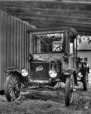 Art Print featuring the photograph Old Ford by Dawn Currie