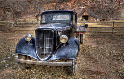 Old Ford Flatbed Art Print by Wendell Thompson