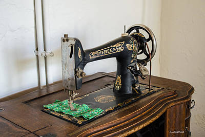 Photograph - Old Free Sewing Machine by Allen Sheffield