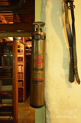 Photograph - Old Fyr Fyter Fire Extinguisher by Bob Sample