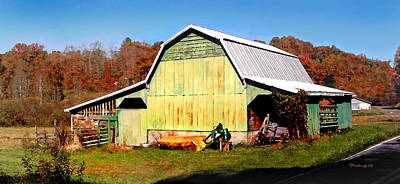 Photograph - Old Green Barn South Of Rosman by Duane McCullough
