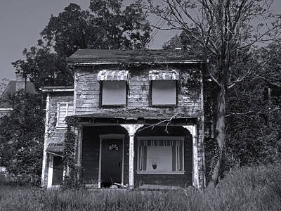 Photograph - Old House 1 by Joyce  Wasser