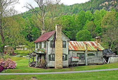 Photograph - Old House In Penrose Nc by Duane McCullough
