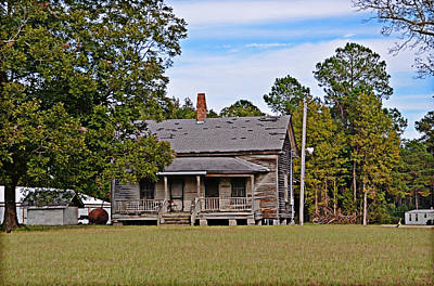 Photograph - Old House by Linda Brown