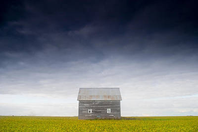 Old House, Manitoba, Canada Art Print by Mirek Weichsel