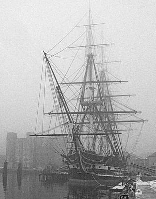 Photograph - Old Ironsides 1001 by Jeff Stallard