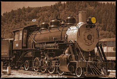 Photograph - Old Locomotive No.90 by Thom Zehrfeld