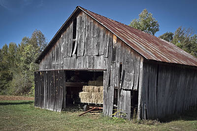 Photograph - Old Nc Barn 1 by Patrick M Lynch