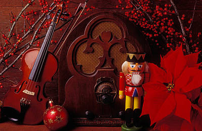 Poinsettia Photograph - Old Raido And Christmas Nutcracker by Garry Gay