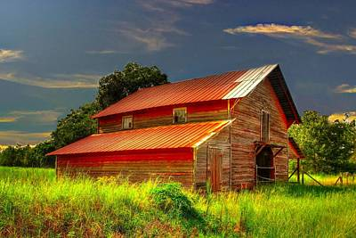 Photograph - Old Red Barn by Ed Roberts