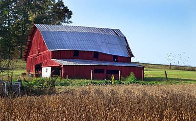 Photograph - Old Red Barn Near Etowah Nc by Duane McCullough