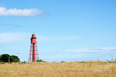 Photograph - Old Red Lighthouse by Kennerth and Birgitta Kullman