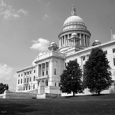Old Rhode Island State House Bw Art Print by Lourry Legarde