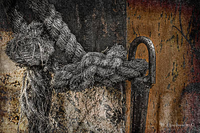 Photograph - Old Rope by Fred Denner