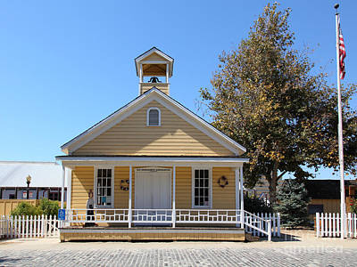 Old Sacramento Photograph - Old Sacramento California Schoolhouse 5d25541 by Wingsdomain Art and Photography
