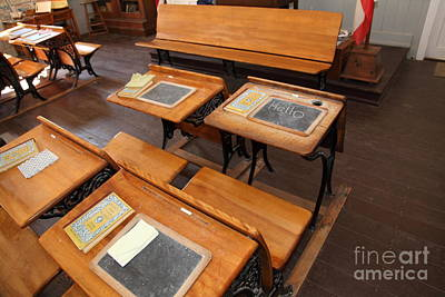 Old Sacramento Photograph - Old Sacramento California Schoolhouse Classroom 5d25778 by Wingsdomain Art and Photography