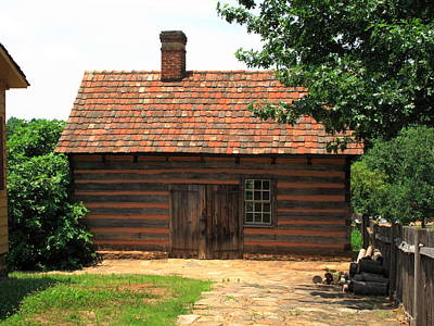 Photograph - Winston-salem Nc - Old Salem Cottage by Frank Romeo